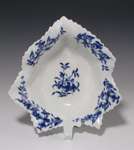 Large Worcester Blue and White Pickle Leaf C1758