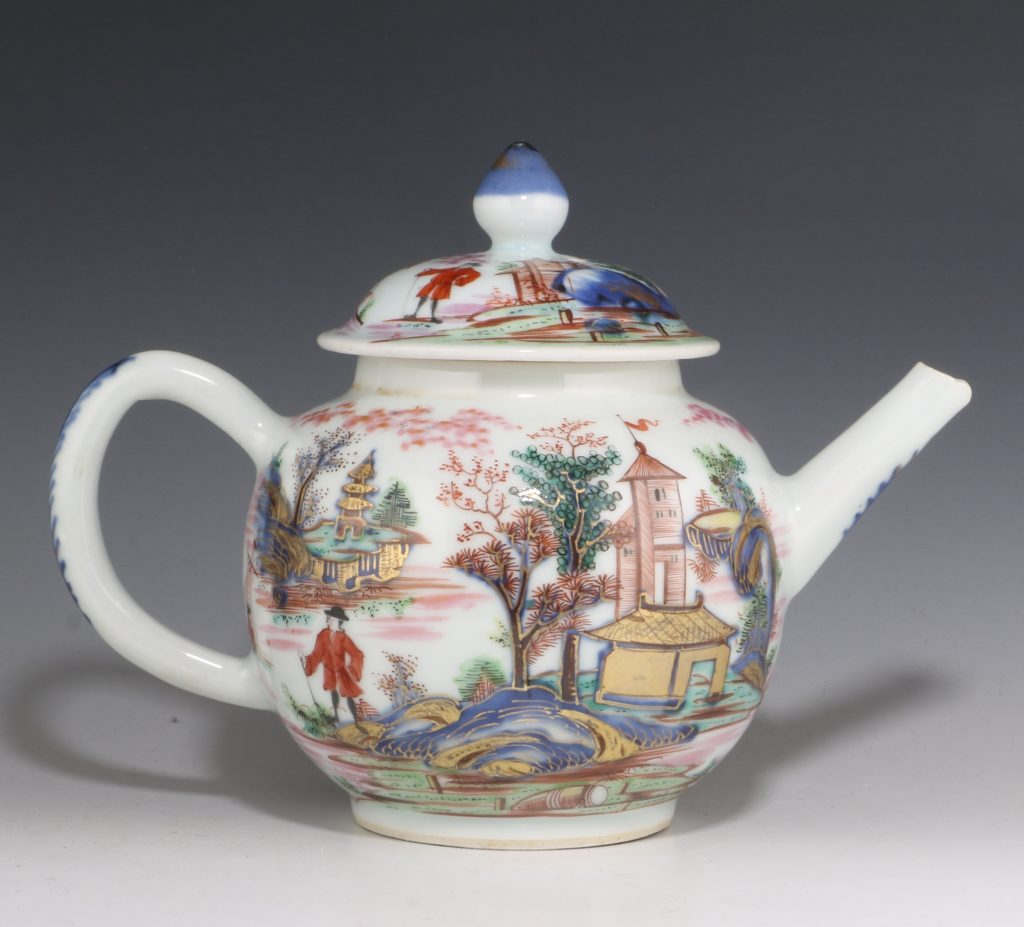 London Decorated Chinese Blue and White Teapot 1746/50