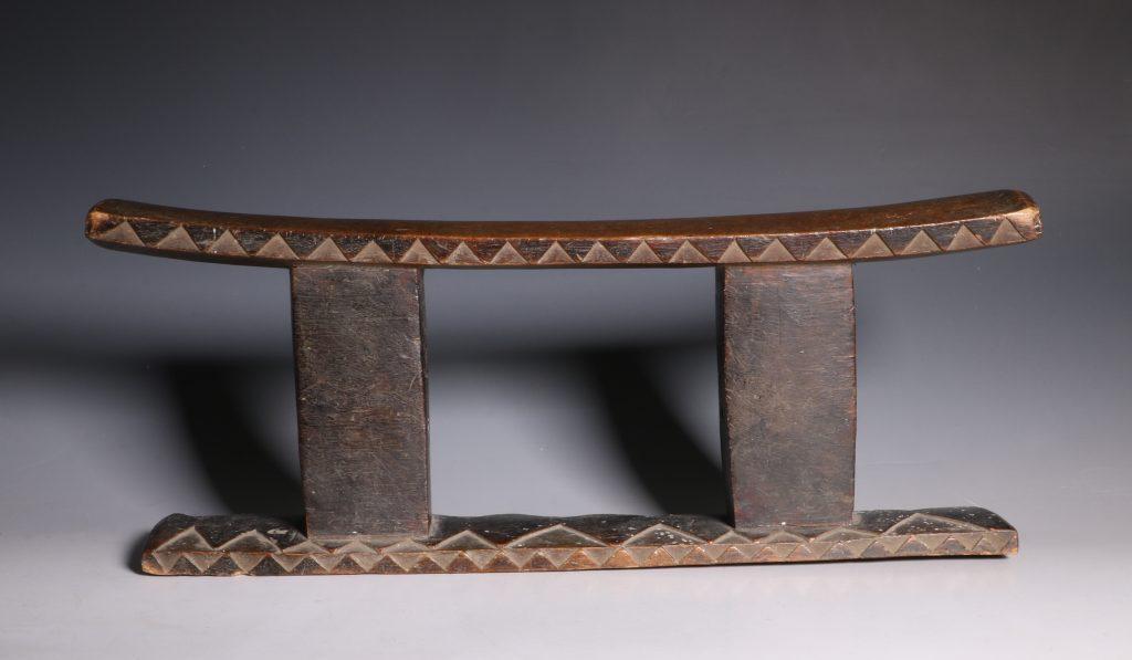 Zulu Headrest 19thC