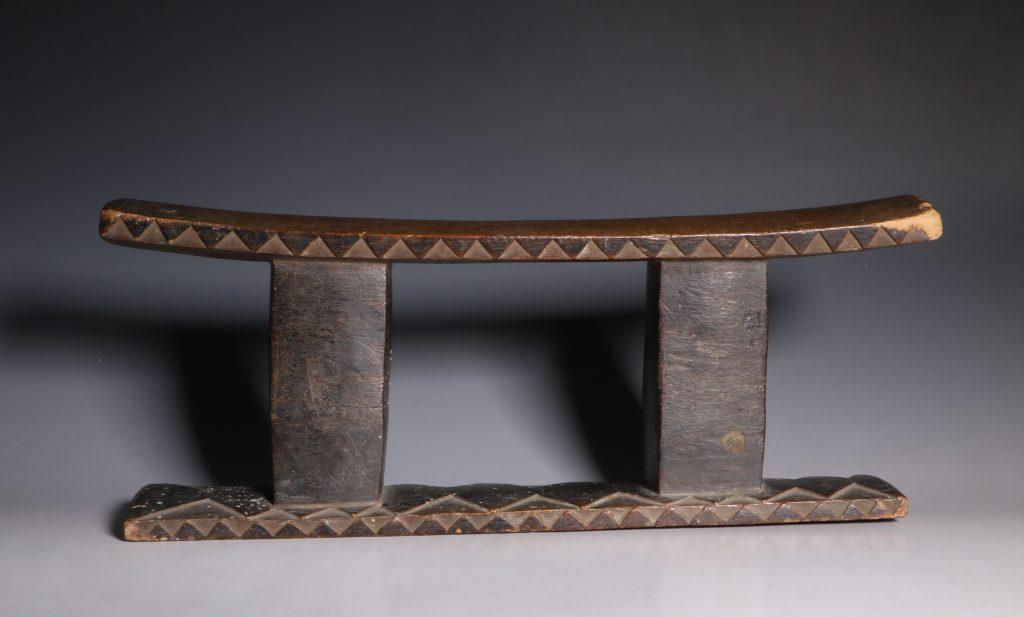 Zulu Headrest 19thC 4