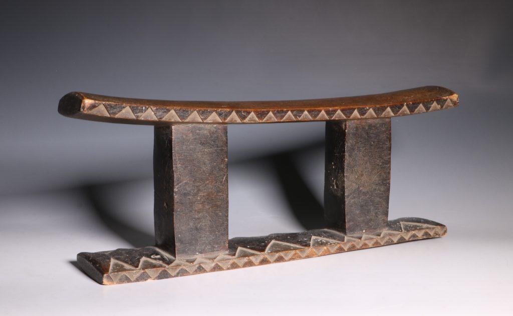 Zulu Headrest 19thC 2