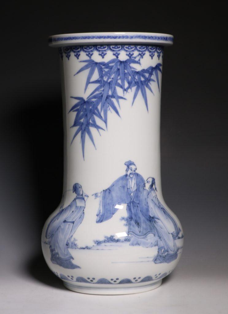 A Hirado Vase 19thC 2