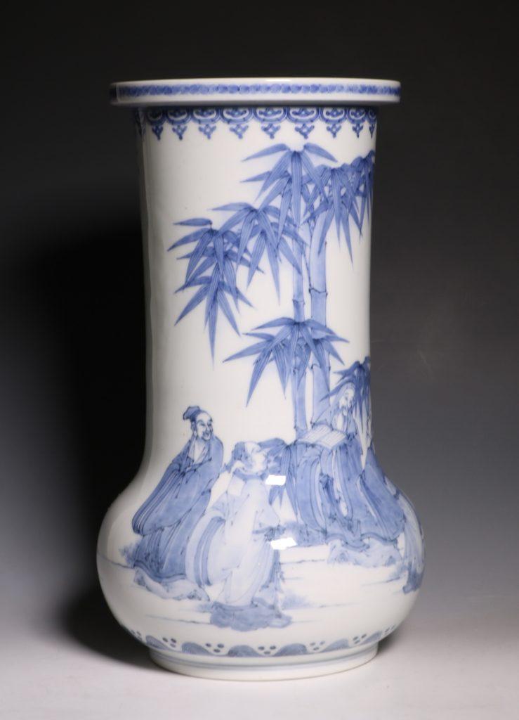 A Hirado Vase 19thC 5