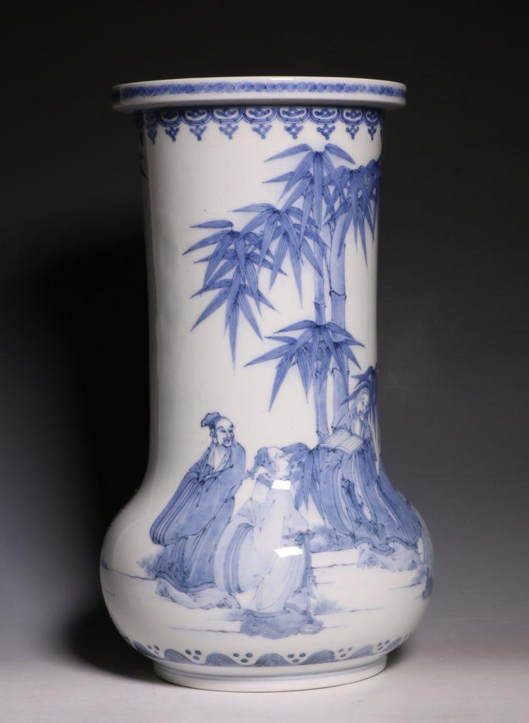 A Hirado Vase 19thC 8