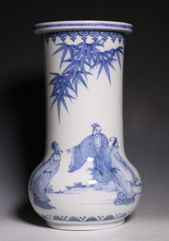 A Hirado Vase 19thC 10
