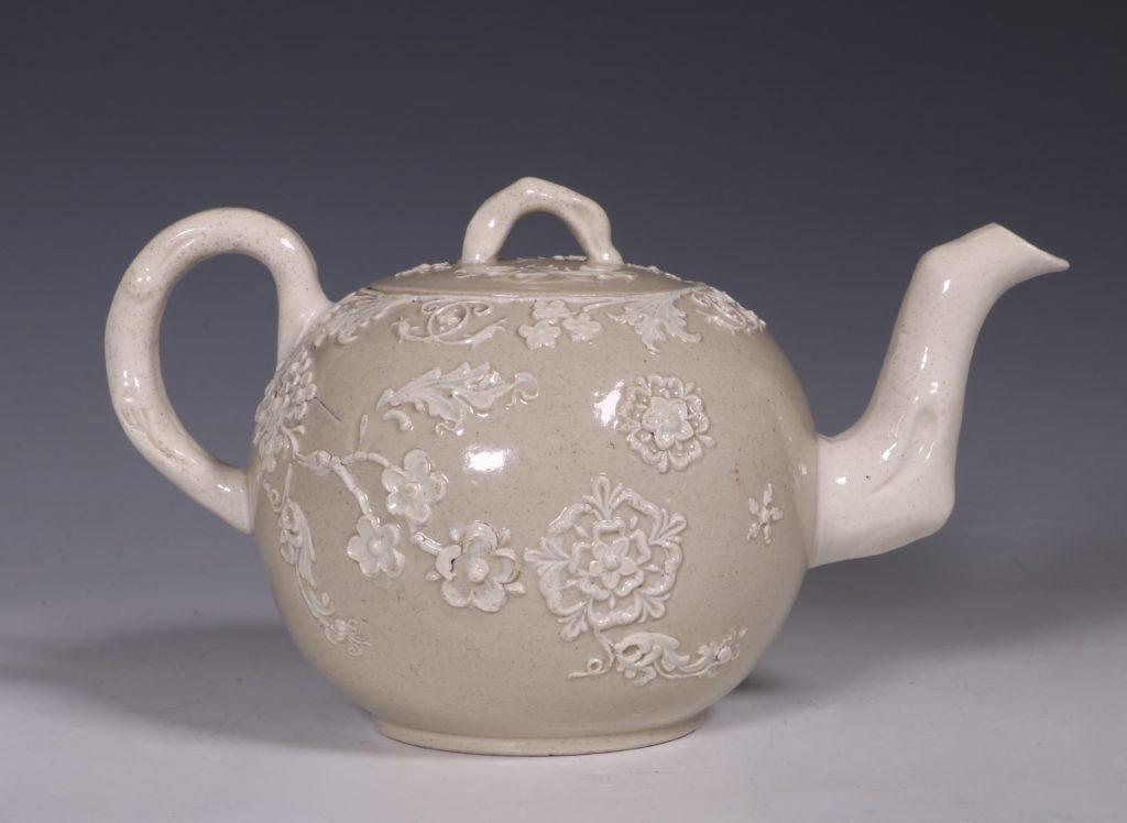 English Saltglaze Teapot C1750/55 3