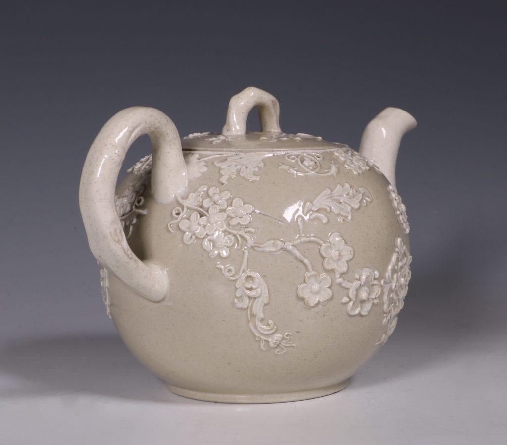 English Saltglaze Teapot C1750/55 4