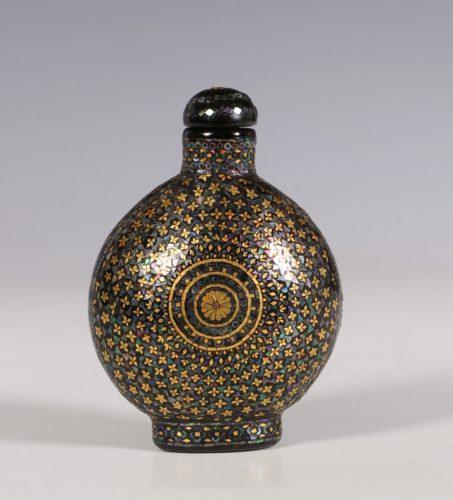 A Lac Burgaute Snuff Bottle C1880/1930
