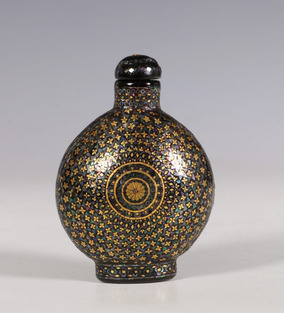 A Lac Burgaute Snuff Bottle C1880/1930