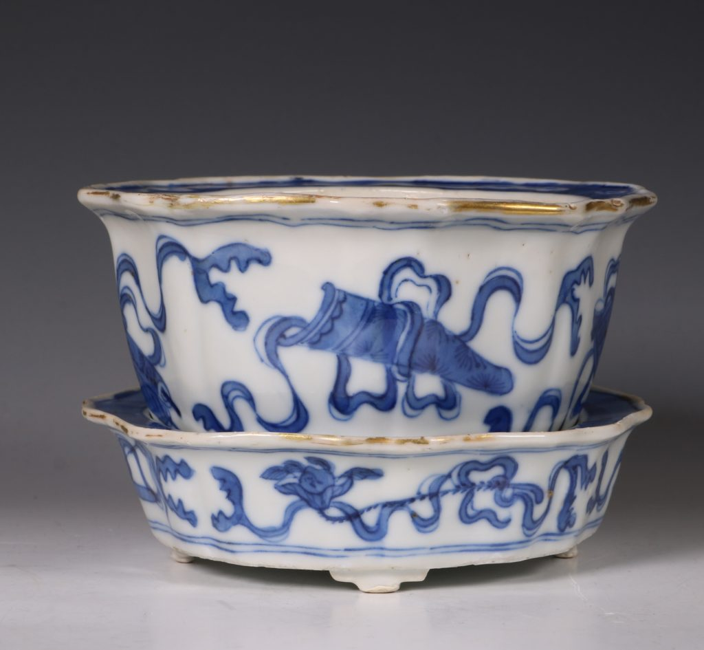 A Small Blue and White Jardiniere and Stand Kangxi C1700 1
