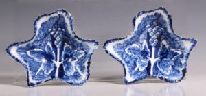 Pair of Bow Pickle Leaves C1765