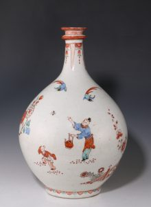 Dutch Decorated Japanese Arita Apothecary Bottle 17/18thC