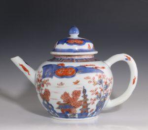Fine Chinese Imari Teapot Kangxi E18thC