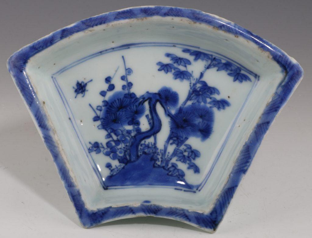chinese transitional blue and white fan shaped dish chongzhen l ming