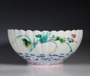 Japanese Chrysanthemum Moulded Arita Bowl E18thC