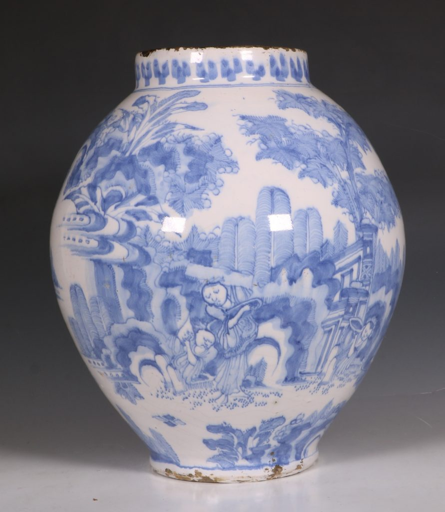 German Faience Blue and White Jar L17thC 3