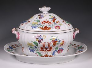 Doccia Tureen Cover and Stand 18thC