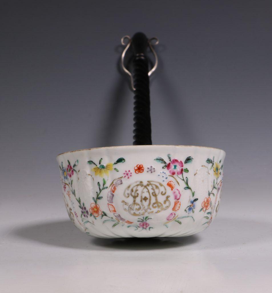 A Famille Rose Punch Ladle Qianlong 5