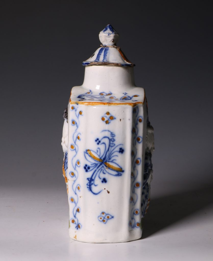 A Prattware Pearlware Macaroni Tea Caddy and Cover C1790 2