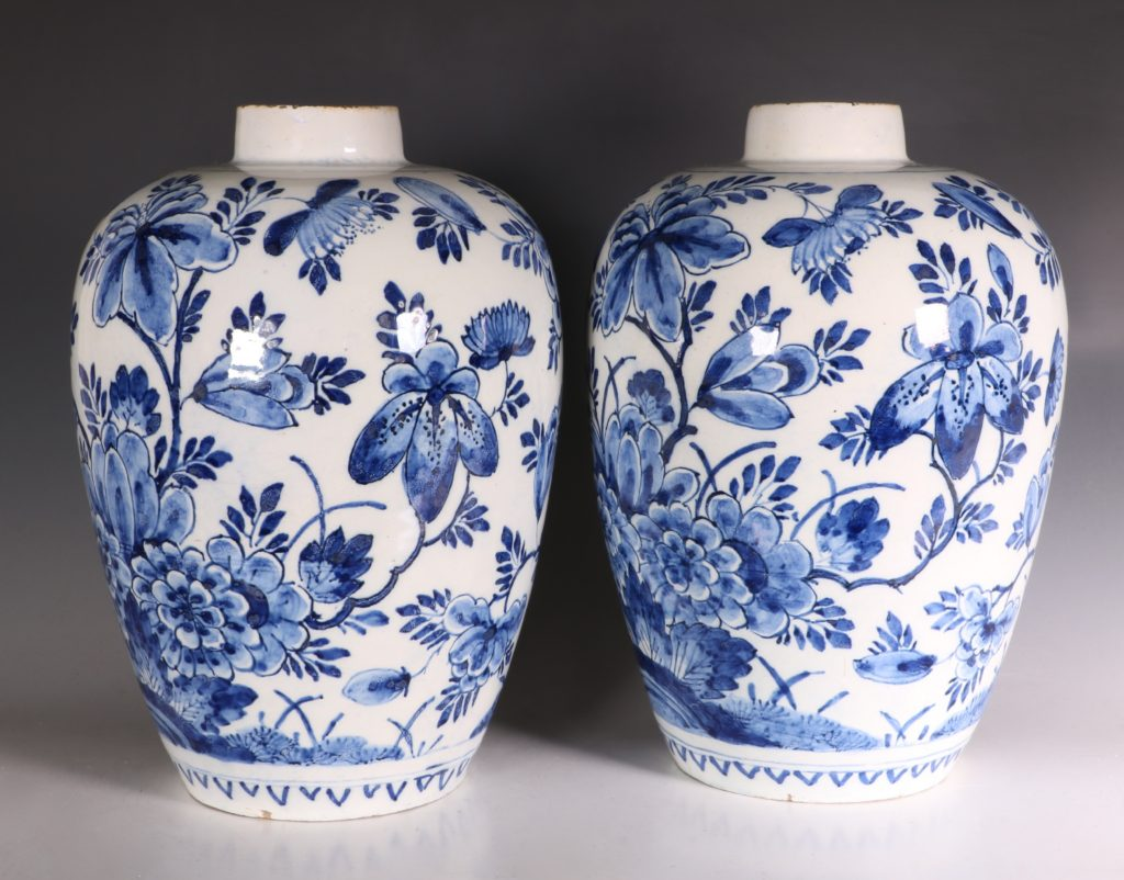 Pair of Dutch Delft Peacock Vases 18thC 3