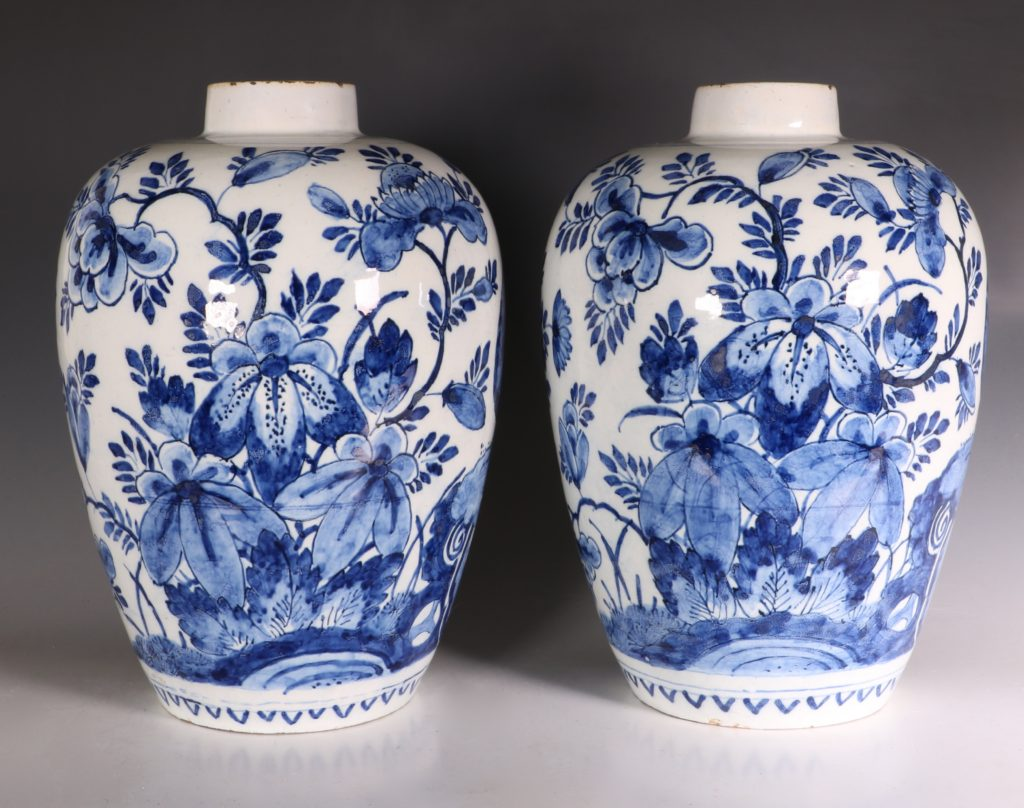 Pair of Dutch Delft Peacock Vases 18thC 5