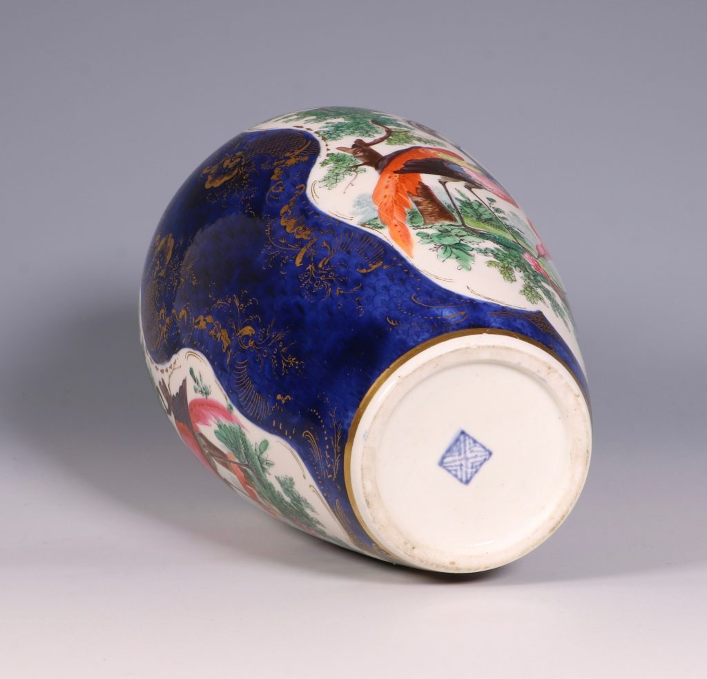 A Worcester Blue Ground Vase C1772 4