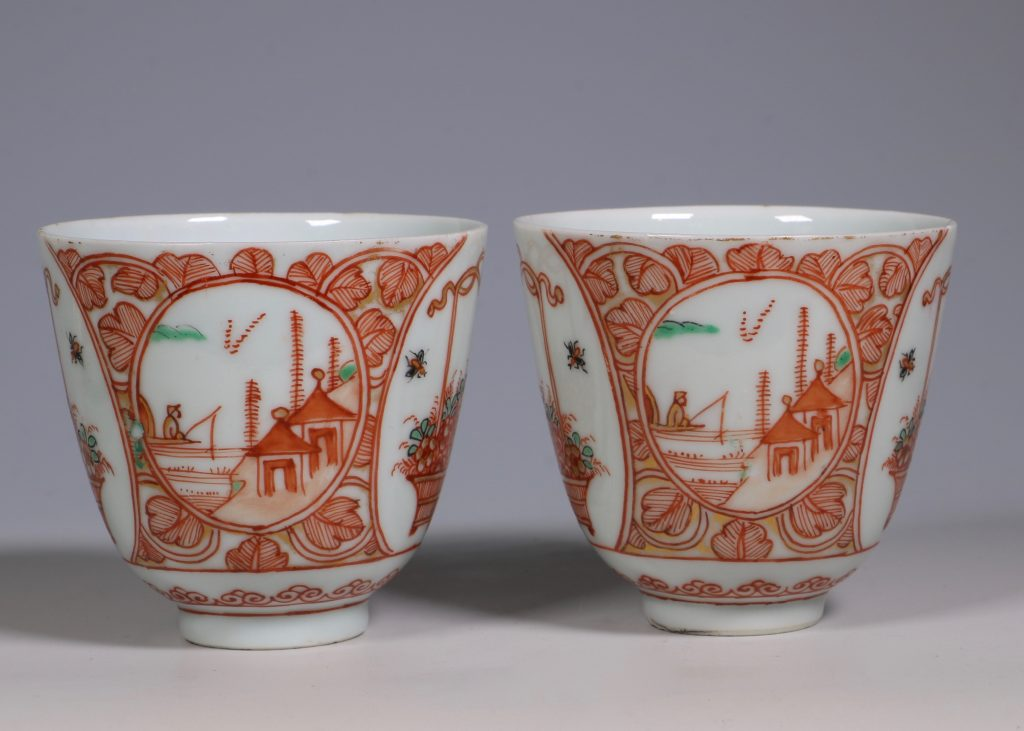 Pair of Dutch Decorated Chinese Beakers and a Saucer 18thC 4