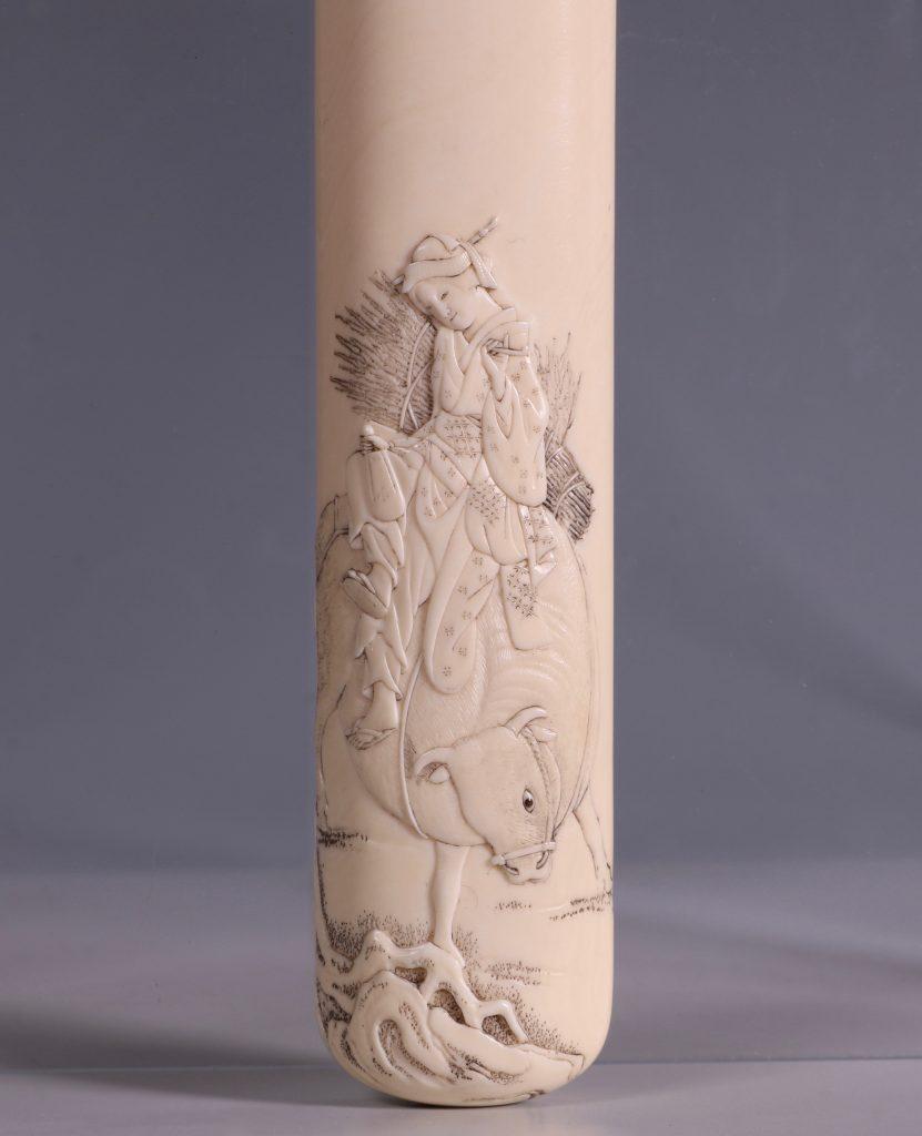 Fine Japanese Ivory Kiserutzutsu of Muso-Zutsu Form 1
