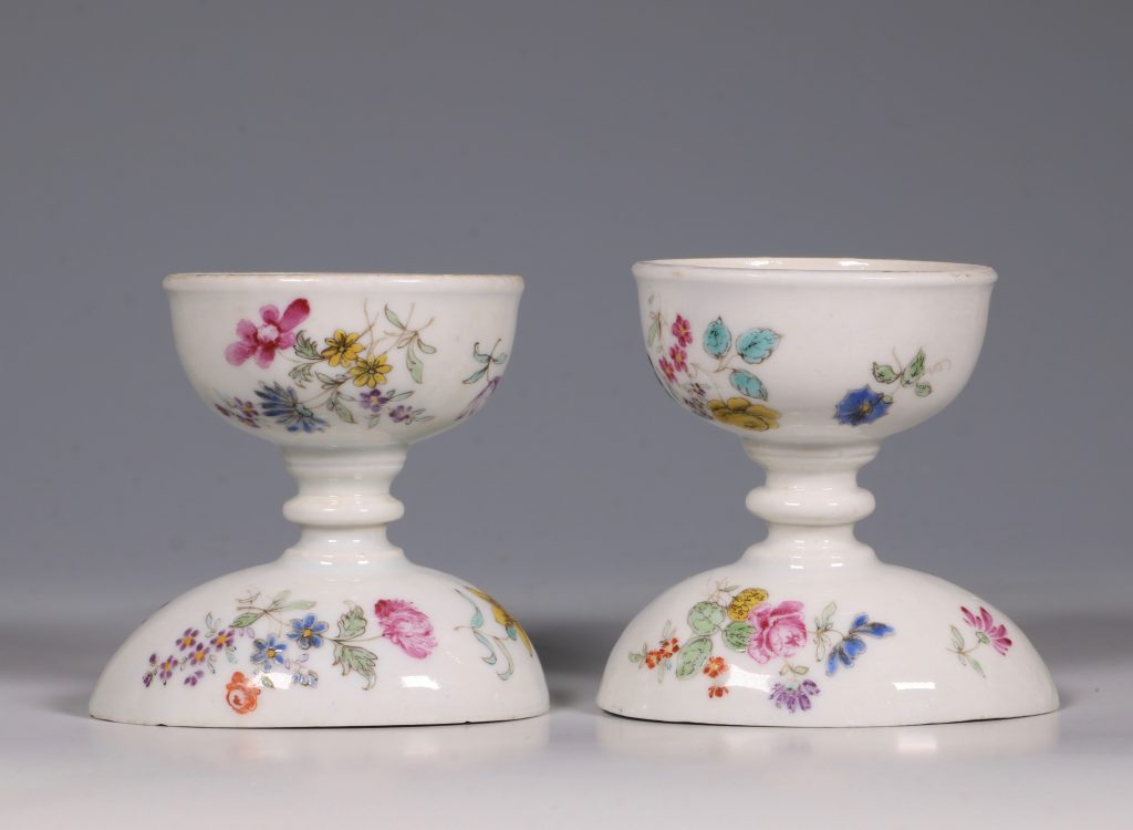 A Pair of Rare Famille Rose Egg Cups Qianlong C1750 5