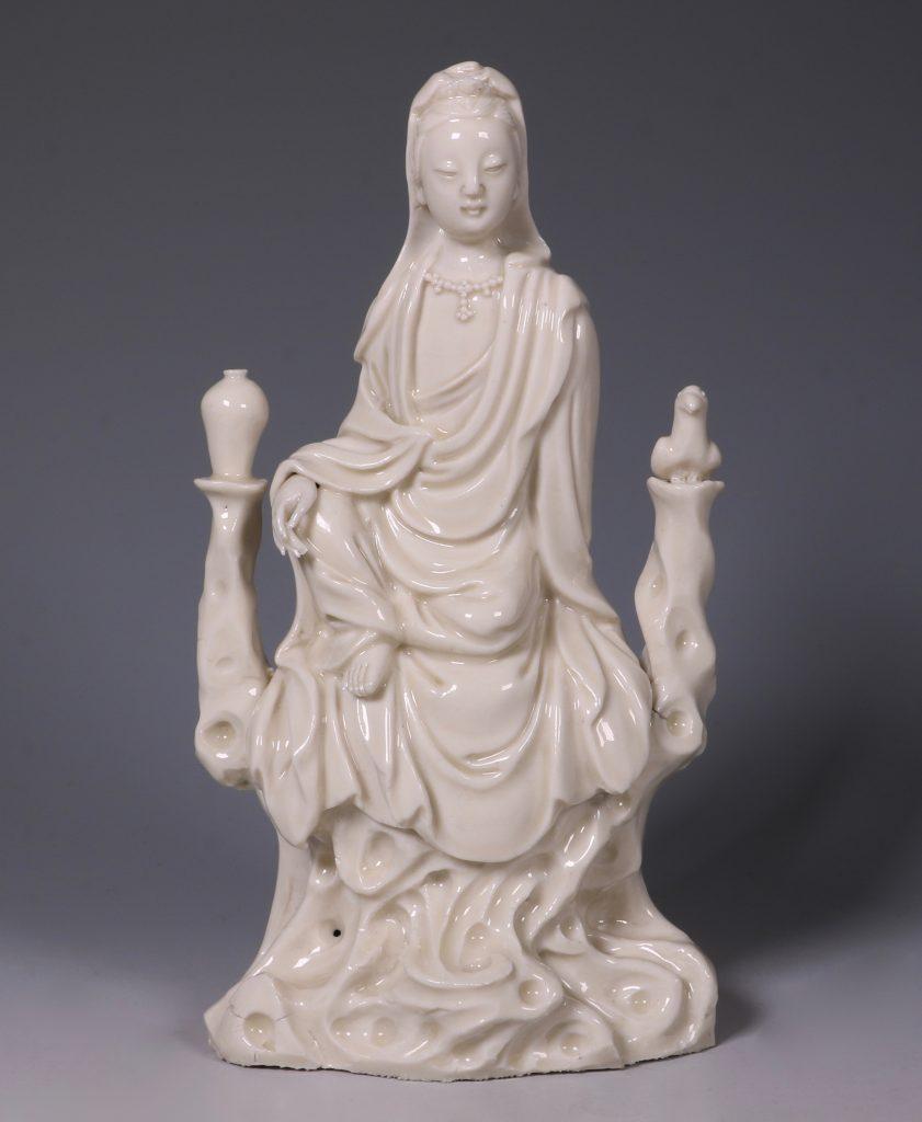 A Blanc de Chine Guanyin 17thC 1