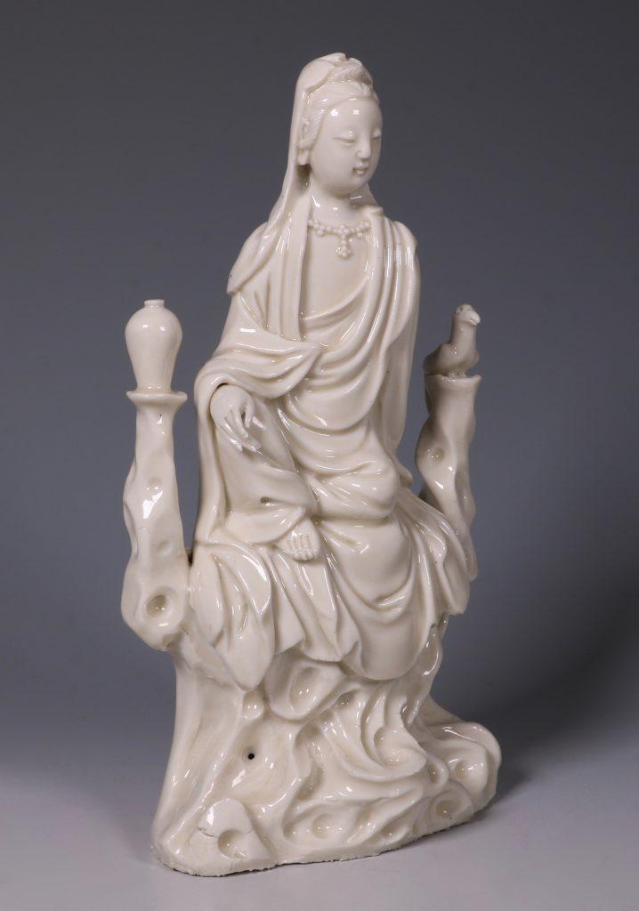 A Blanc de Chine Guanyin 17thC 2