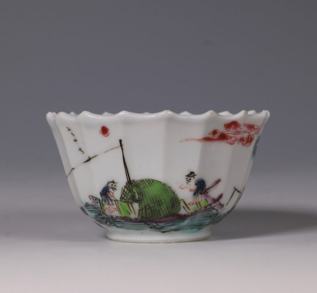 A Fine Famille Rose Tea Bowl and Saucer Yongzheng 3