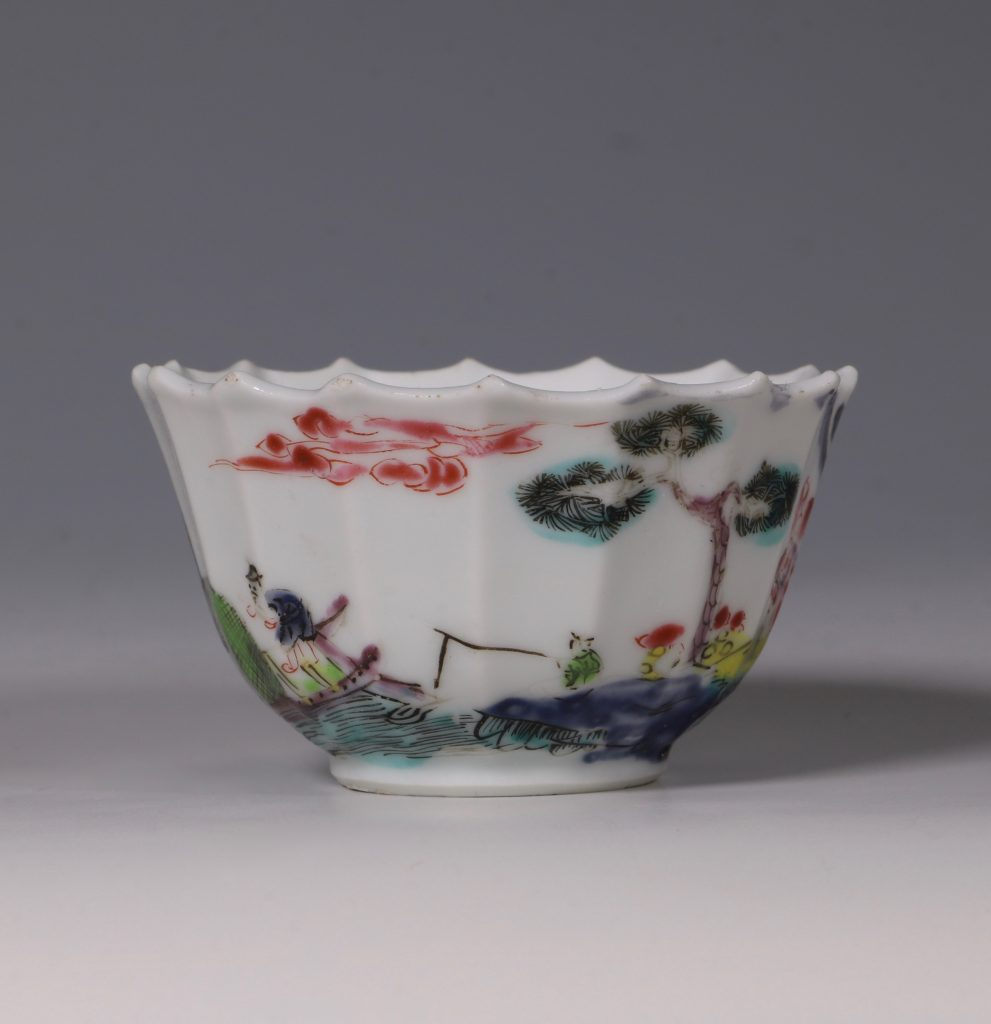 A Fine Famille Rose Tea Bowl and Saucer Yongzheng 5