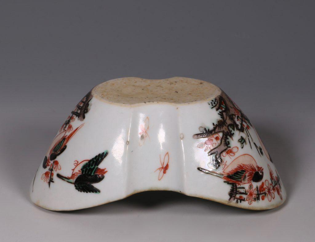 A Famille Verte Ingot Shaped Dish Kangxi 9