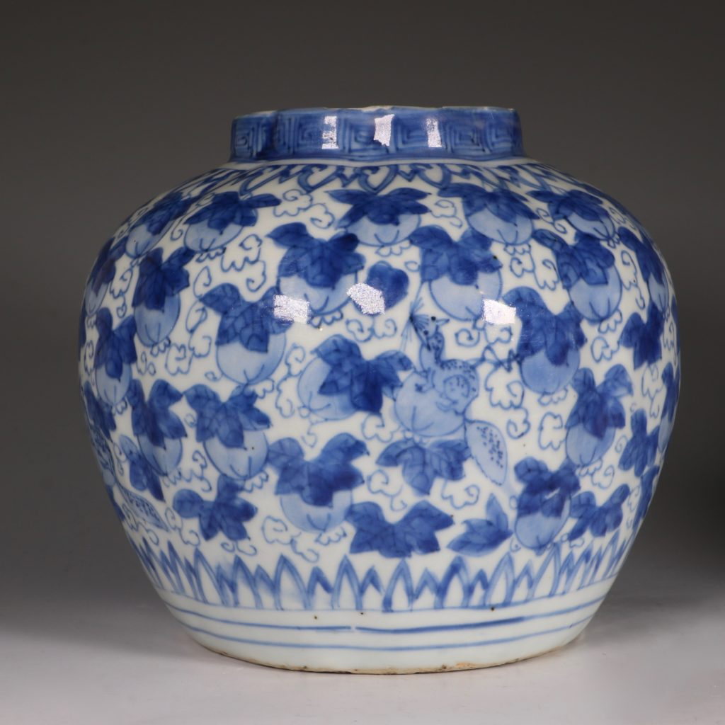 A Ming Blue and White Jar Wanli L16thC