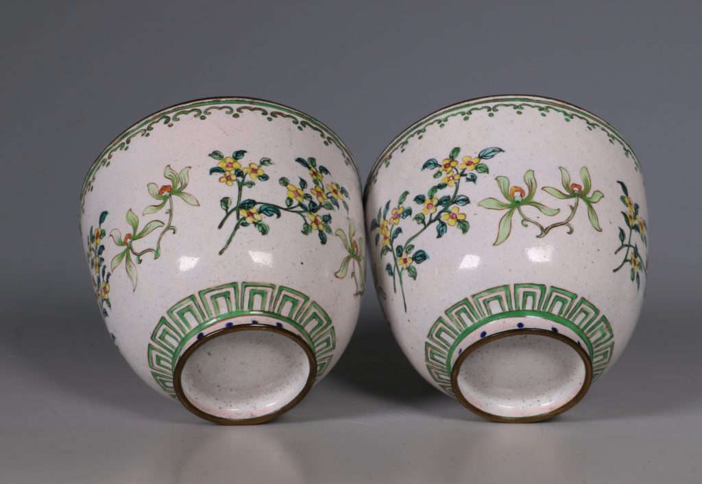 A Pair of Chinese Enamel Covered Cups 19thC 6