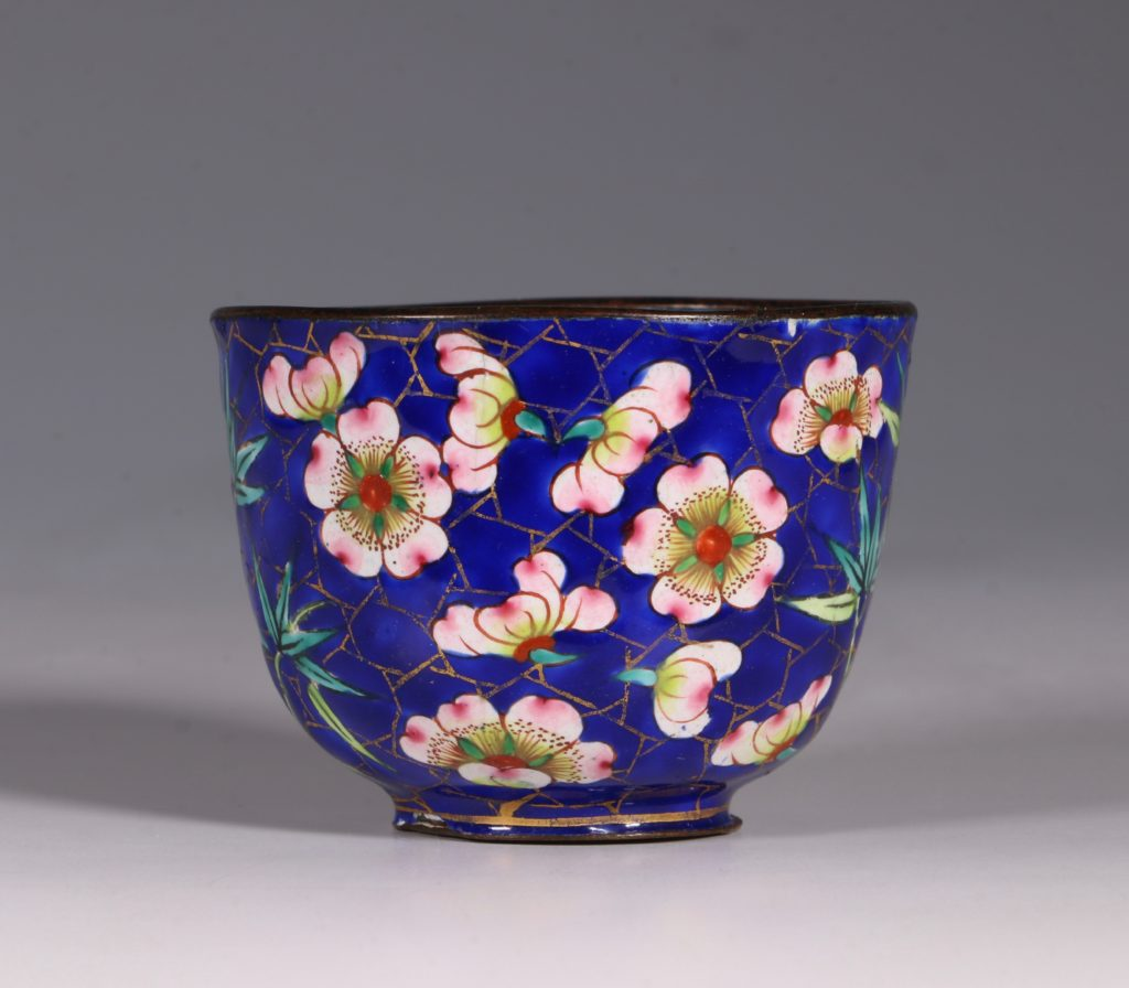 Chinese Canton Enamel Tea Bowl and Saucer E19thC 4