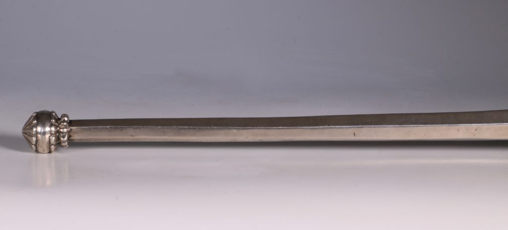 An Mughal Indian Silver Fly Whisk Handle 19thC 2