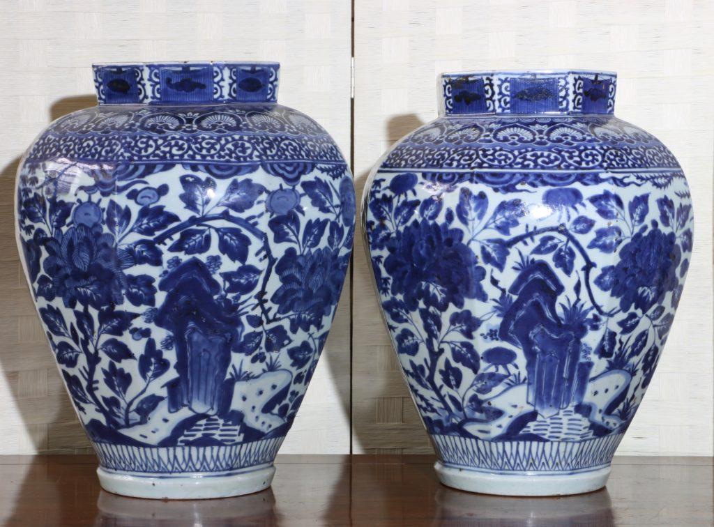 Pair of Arita Blue and White Vases L17thC 2