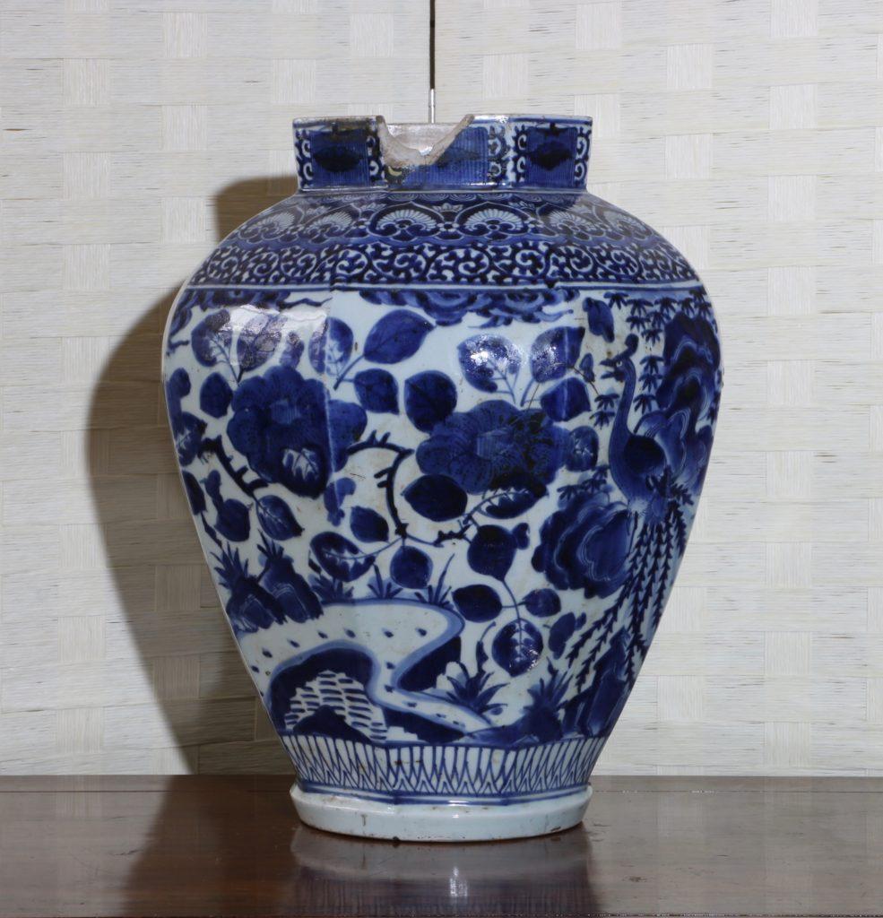 Pair of Arita Blue and White Vases L17thC 10