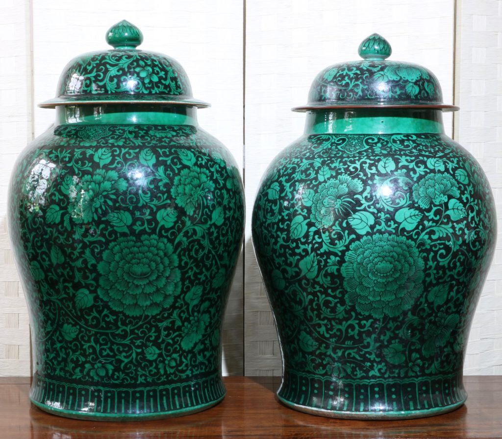 A Very Large Pair of Famille Noire Baluster Vases 18/19thC 5