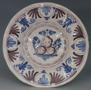 Lobed Dutch Delft Dish L17thC