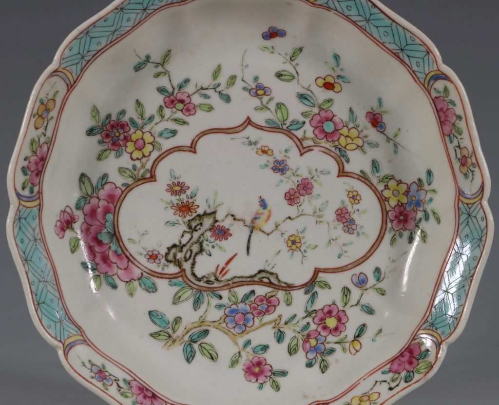 Extremely Rare Pair of Chelsea Dishes Raised Anchor C1752-53 2