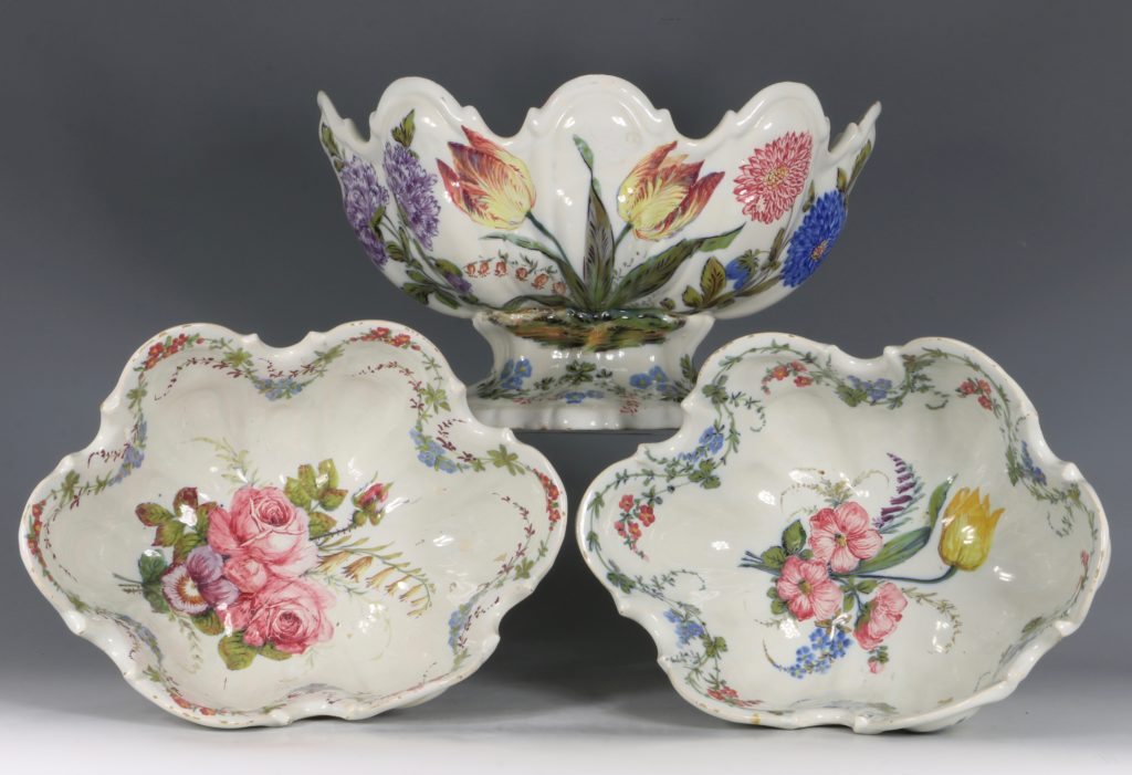 A Set of Three Nove Faience Monteiths 19thC 2