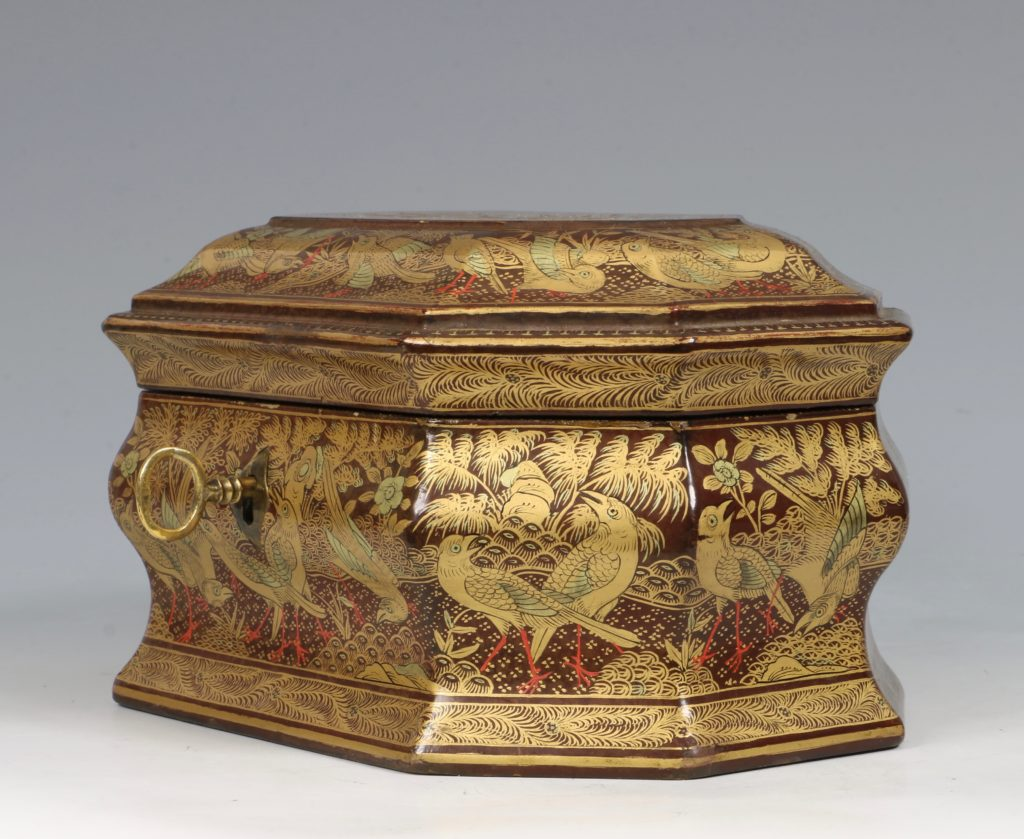 A Chinese Canton Lacquer Export Tea caddy Mid 19thC 6