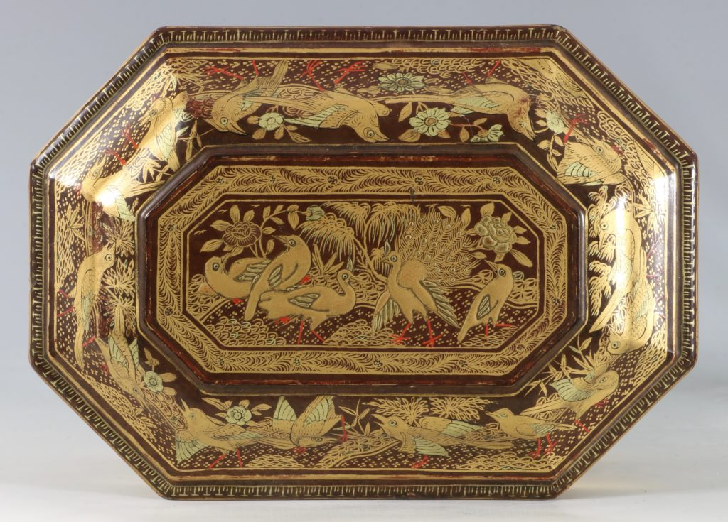 A Chinese Canton Lacquer Export Tea Caddy Mid 19thC 8