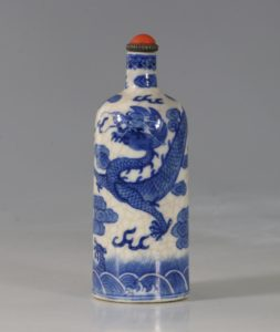 A Blue and White Soft-Paste Snuff Bottle 19thC