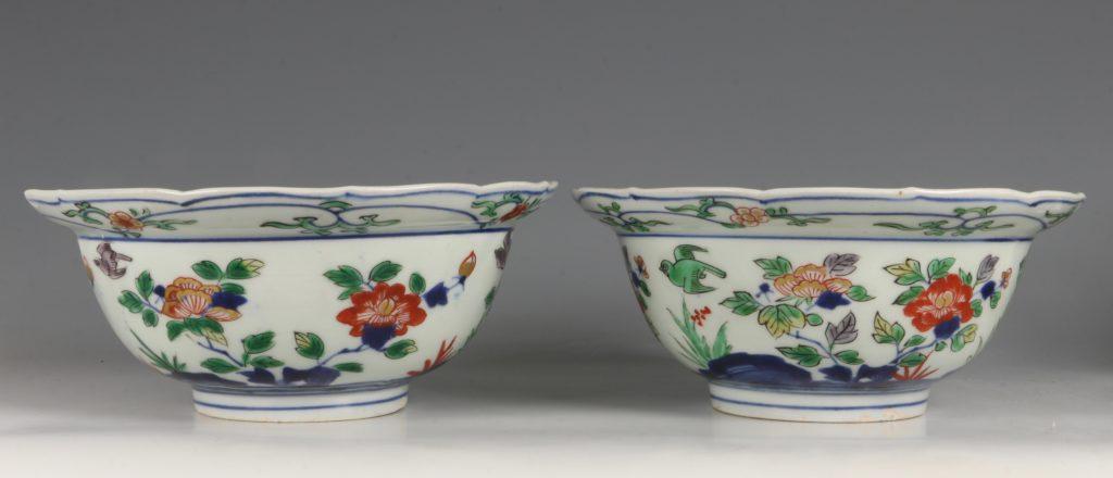 A Pair of Japanese Arita Polychrome Bowls C1690/1730 1