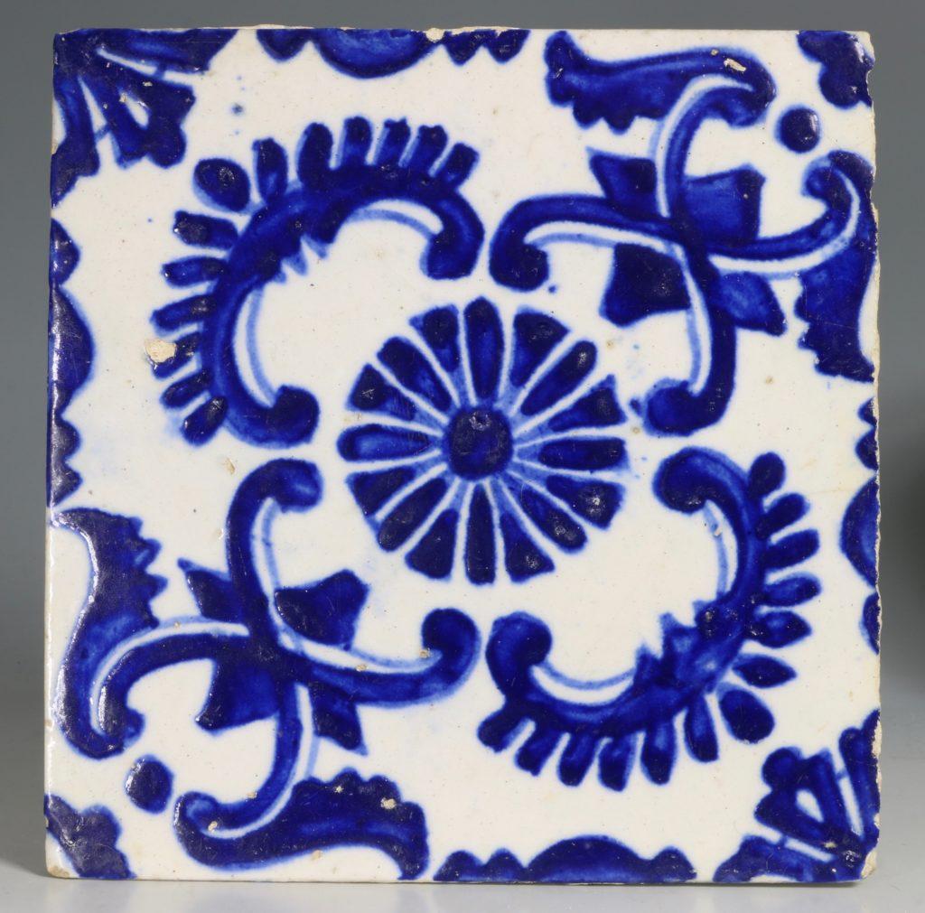 A Set of Four Kutahya Tiles 18thC 3