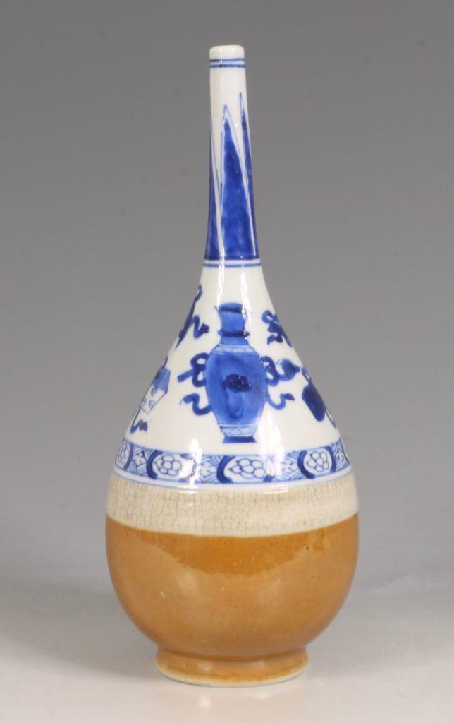 A Blue White Rose Water Sprinkler Kangxi C1700 2